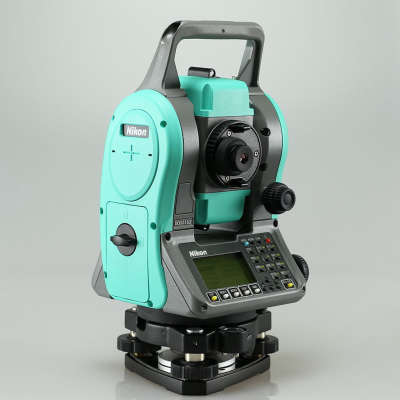 Тахеометр Nikon Nivo 5.M LP (2 панели)